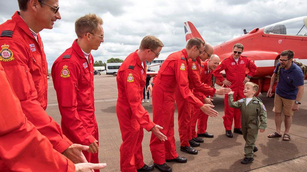 Five-year-old Red Arrows fan 'blown away' by salute