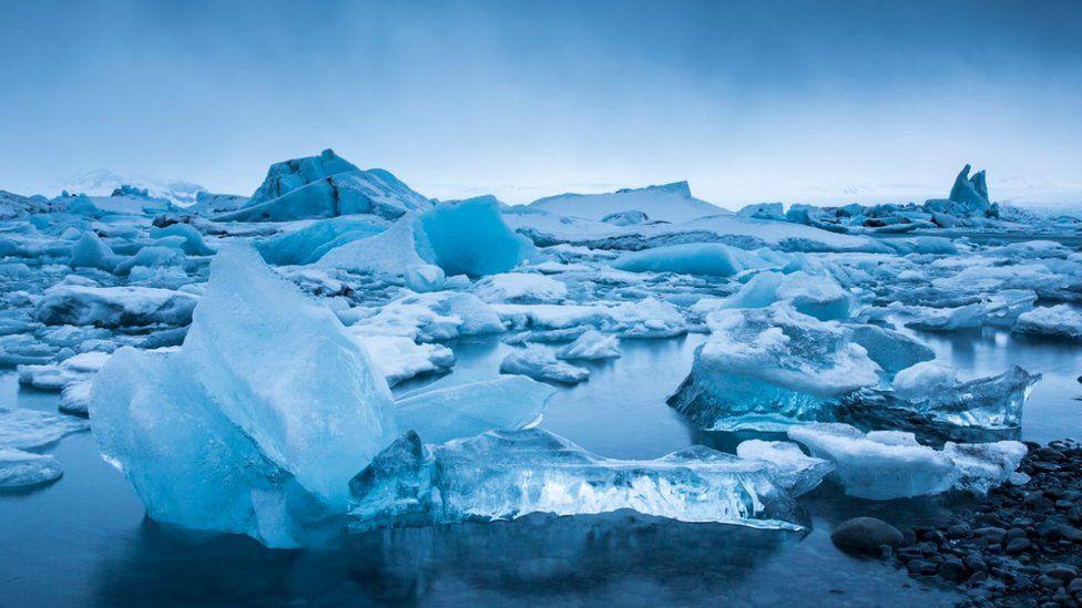 Plutajuće sante leda u nacionalnom parku Vatnajokul