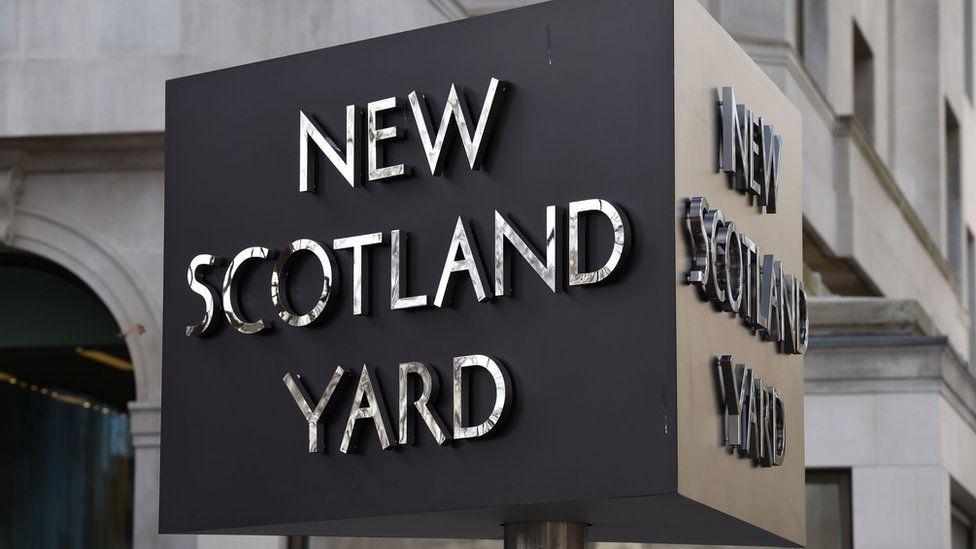 New Scotland Yard game
