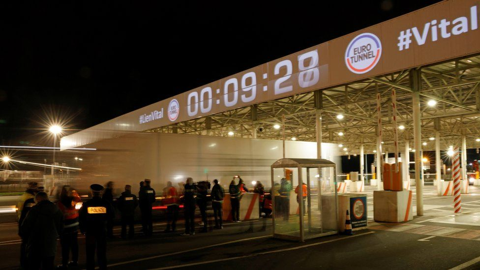 The first trucks leave Eurotunnel's new customs border in Calais just after midnight on 1 January