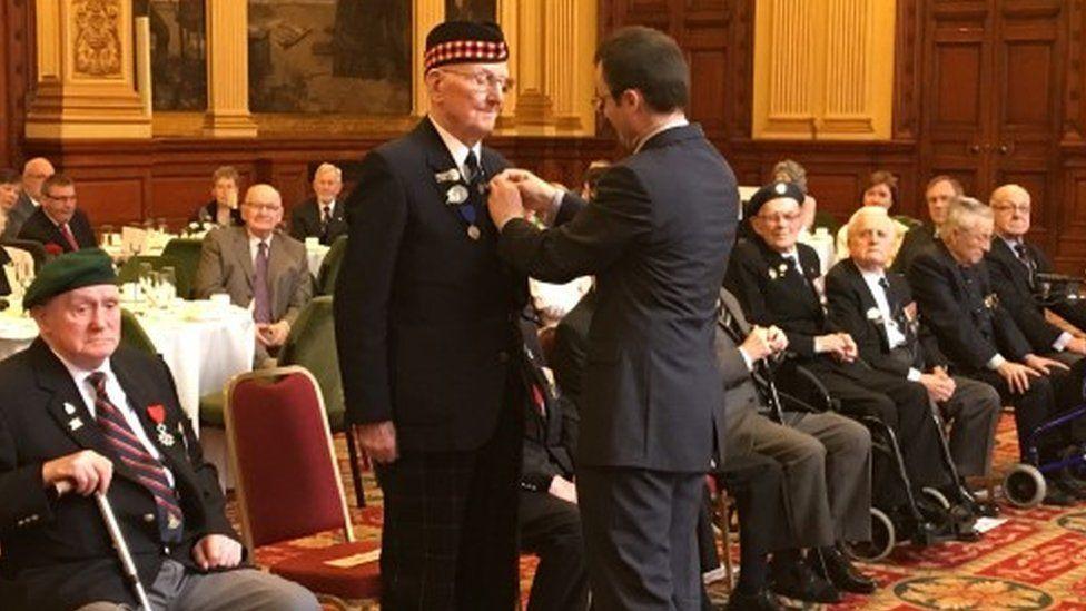 D-Day veteran receives Légion d'Honneur