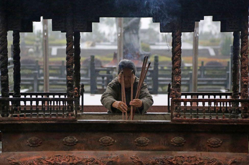 Incense at Xi Jiang temple
