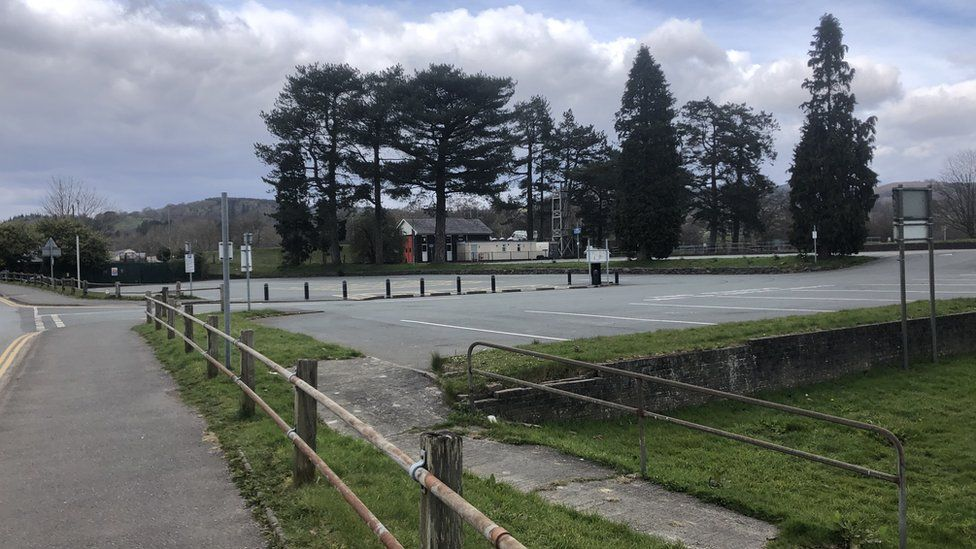 A car park in Bala without cars