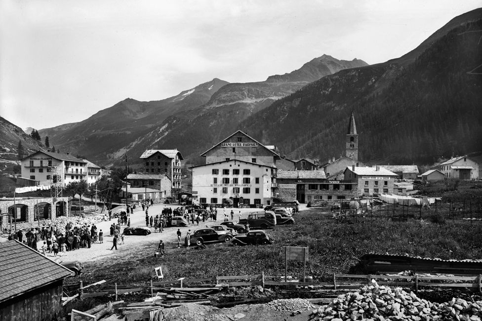 Val d'Isère in October 1939 - the Hotel des Glaciers at top left