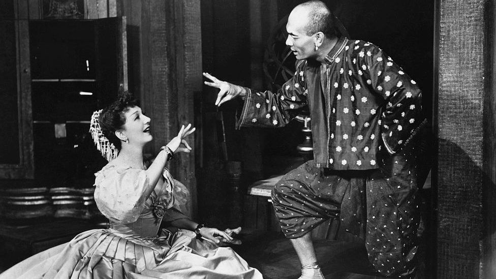 Gertrude Lawrence in The King and I