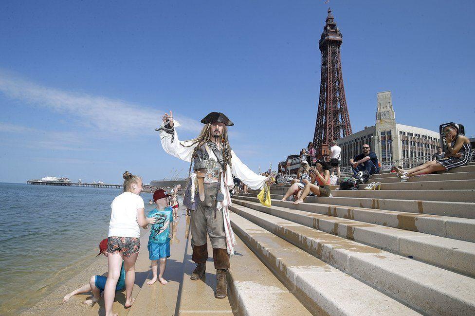 Captain Jack impersonator in Blackpool