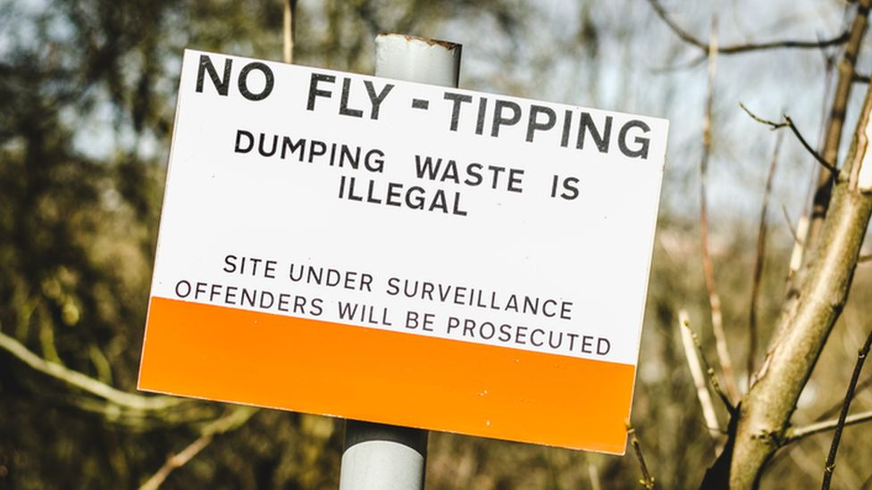 No fly-tipping sign