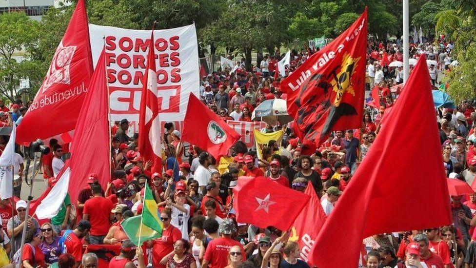 Lula supporters rally in Porto Alegre. Photo: 24 January 2018