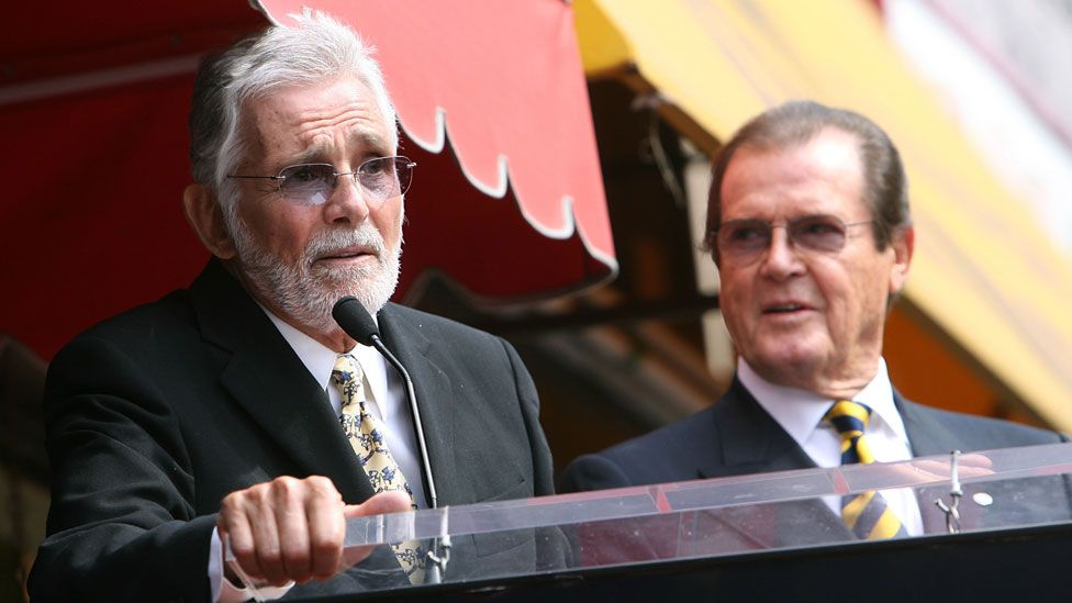 David Hedison with Sir Roger Moore in 2007