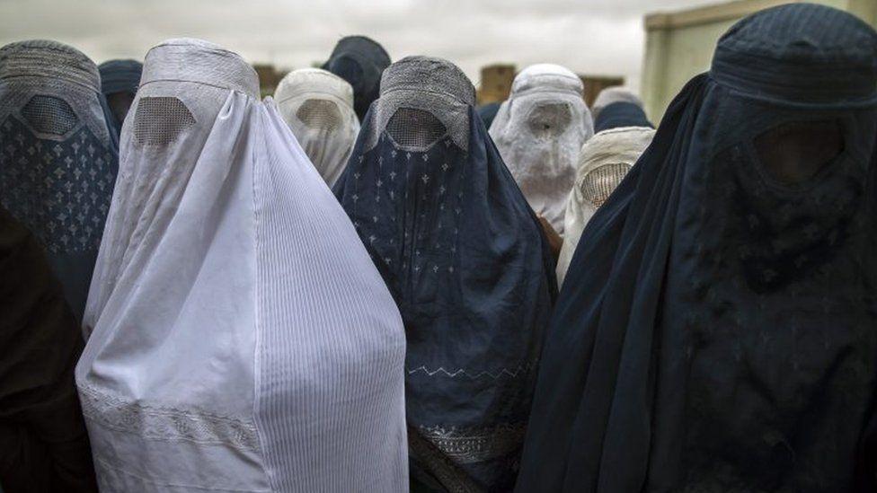 Women wearing the burka in Afghanistan