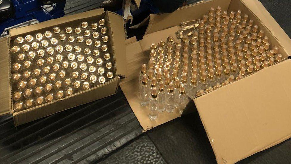 1,000 bottles of hand gels