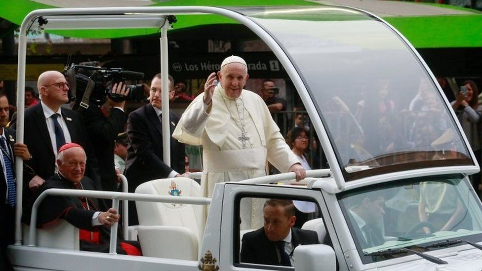 Pope Francis waves to crowds in Santiago, Chile. Photo: 15 January 2018