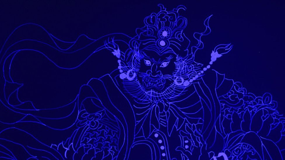 Aowen Jin's i18n: Ultraviolet - Chinese mythical stories only visible in UV light