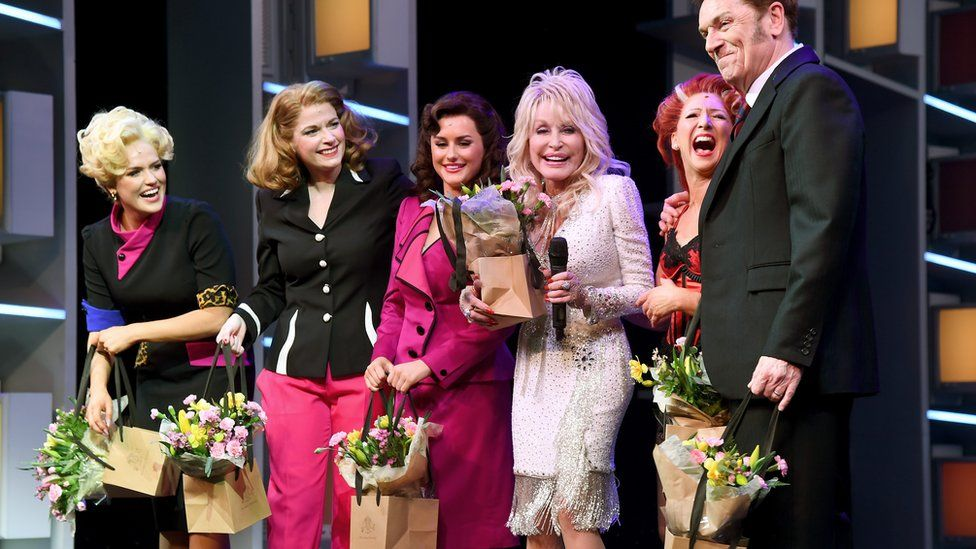 Dolly Parton and the 9 to 5 the Musical cast