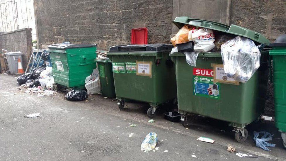 Bins in Glasgow