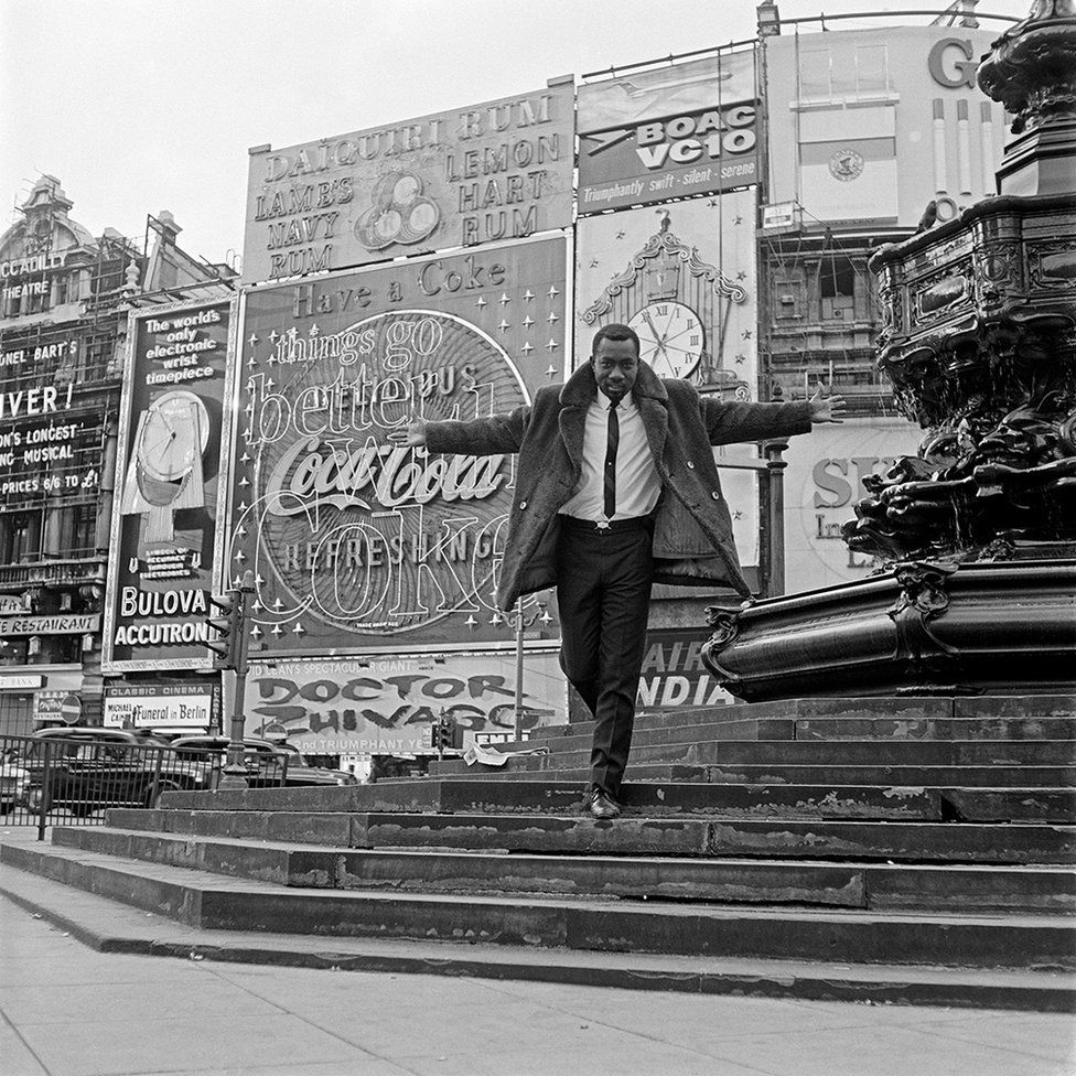 Mike Eghan at Piccadilly Circus