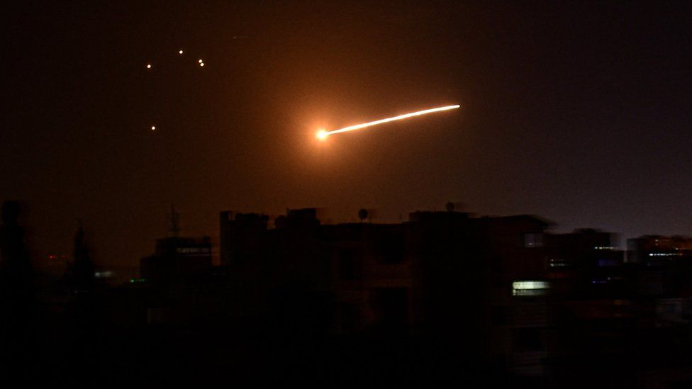 Light in the sky above Damascus during Israeli air strikes on Palestinian Islamic Jihad targets in Syria (24 February 2020)