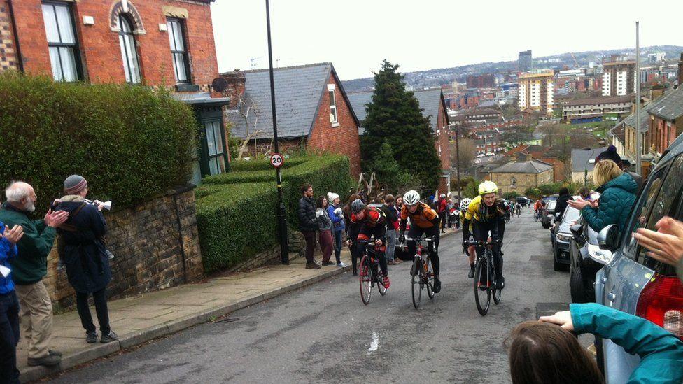 Blake Street cyclists