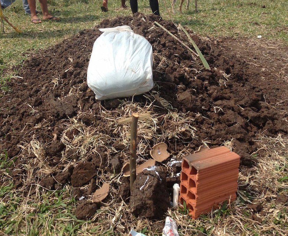 Semiao's grave 08 September 2015
