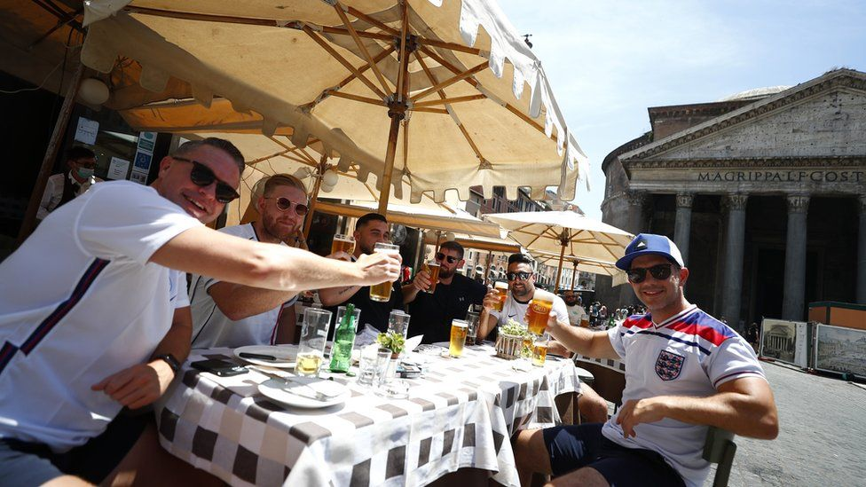 Fans gather in Rome ahead of Ukraine v England - Rome, Italy - July 3, 2021 England fans gather in Rome before the match