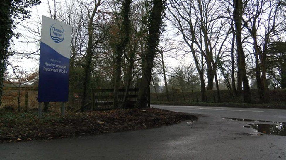 Sewage works in Henley