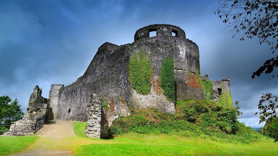 Castell Dinefwr / Dinefwr castle