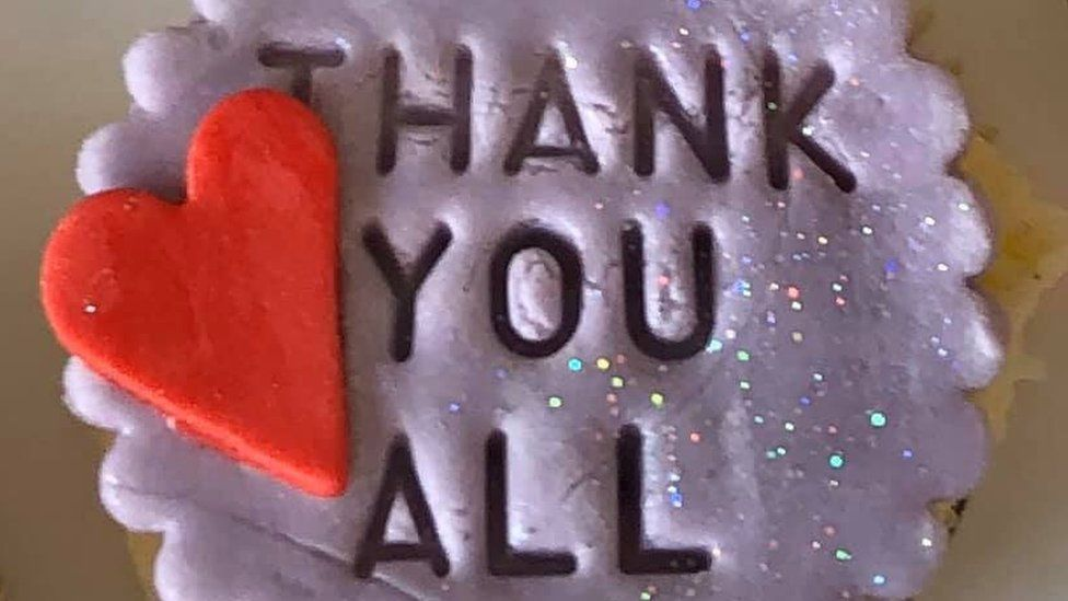 A cup cake saying thank you