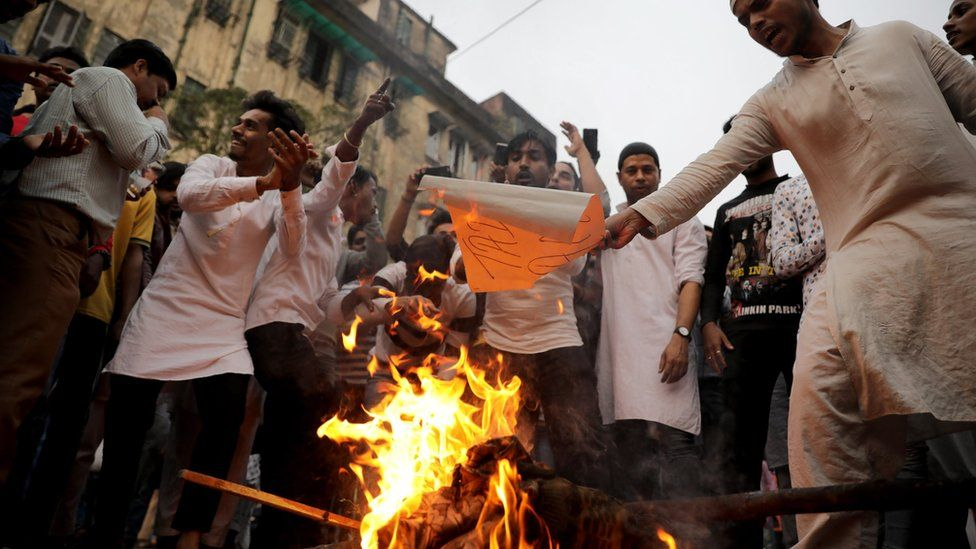 Citizenship Amendment Bill: India's West Bengal hit by protests