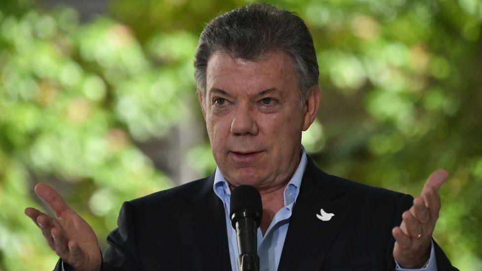 """Juan Manuel Santos: """"En Venezuela estamos buscando una transición porque acabaron con la democracia"""""""