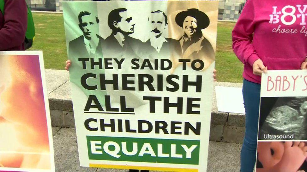 Protest at Sinn Féin ard fheis