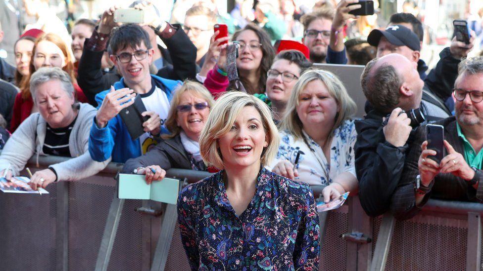 Jodie Whittaker with fans in Sheffield