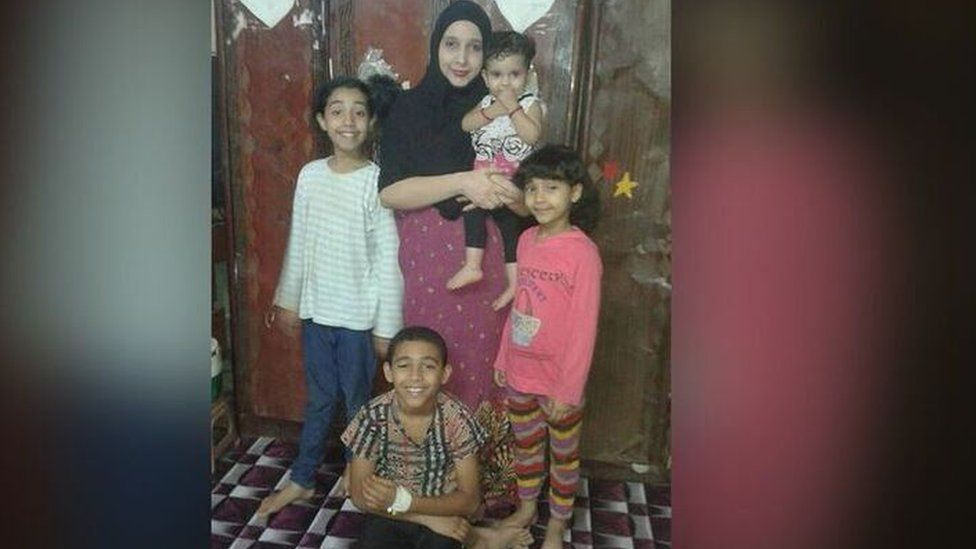 Safia, 34, with her children, Mohammed 12 , Jacqueline, 11, Lucy, 10, and Asalah, 2