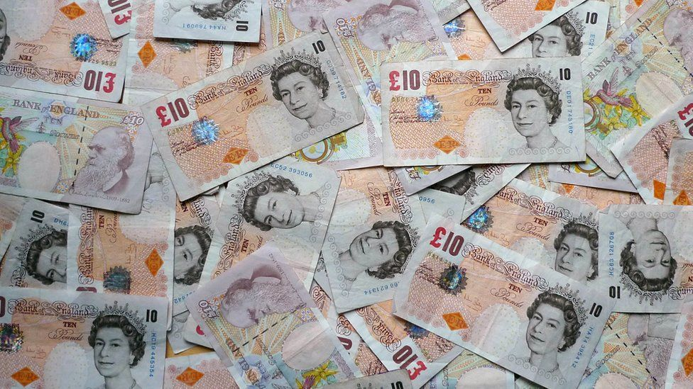 £10 notes