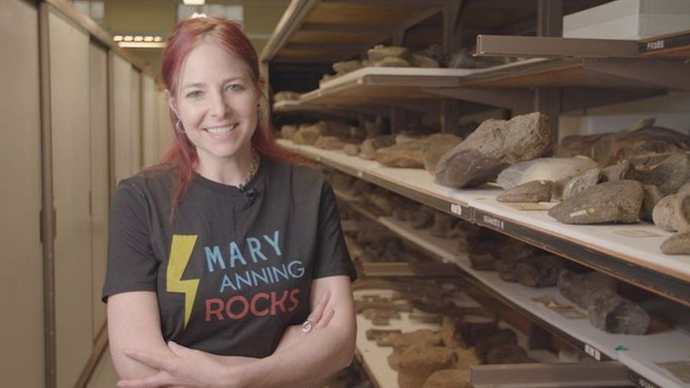 Professor Alice Roberts wearing a Mary Anning Rocks t-shirt