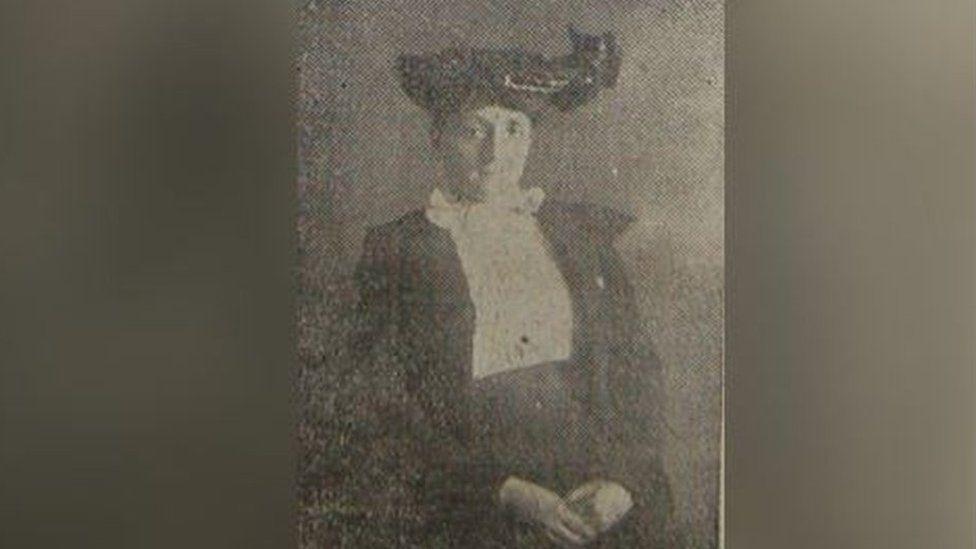 Gwen Ellen Jones