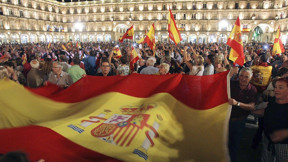 Thousands gather at the Plaza Mayor in Salamanca, Spain, with Spanish national flags to support Spanish Security Forces deployed in Catalonia. 4 October 2017