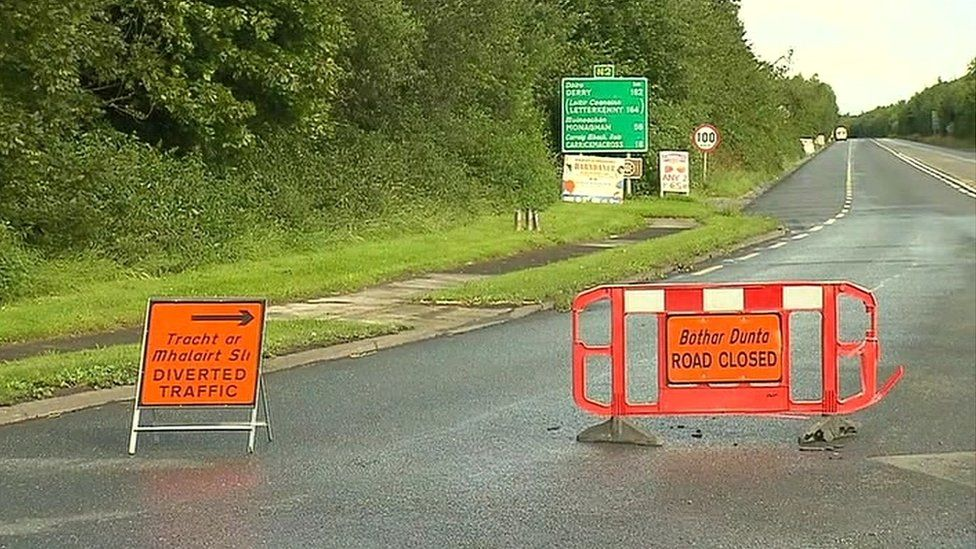 The N2 road was closed between Ardee and Aclint Bridge after the fatal crash