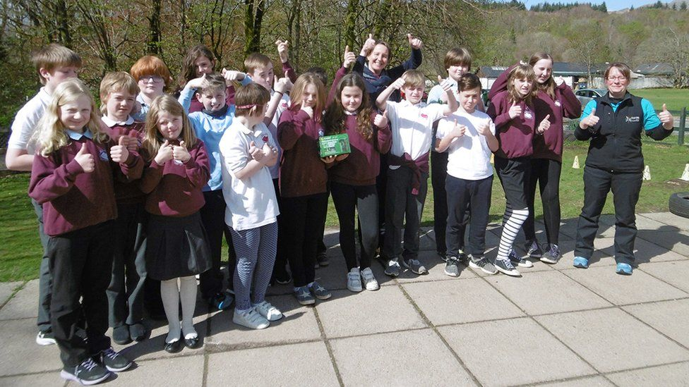 Strontian Primary receiving prize