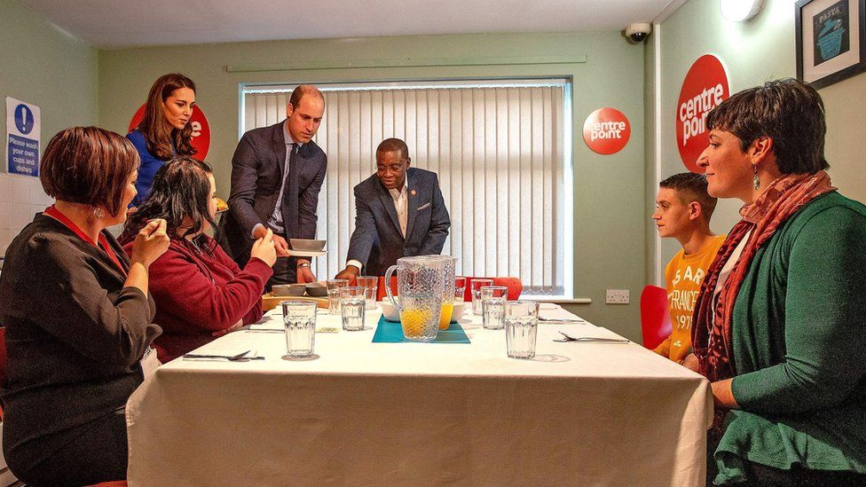 Duke and Duchess of Cambridge serving food at Centrepoint Barnsley