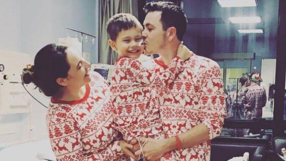 Oscar and parents