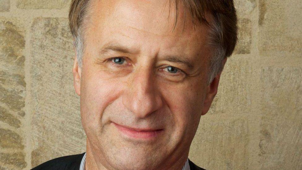 Revd Dr Jeremy Morris