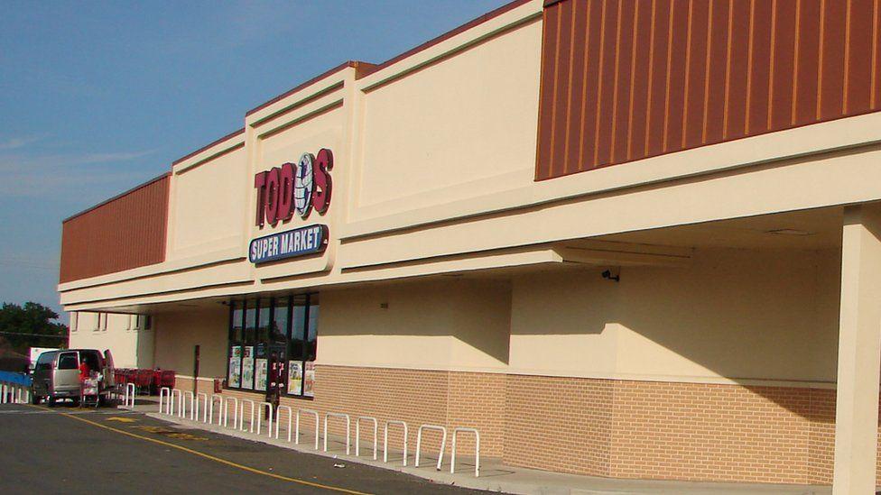 La fachada del supermercado Todos
