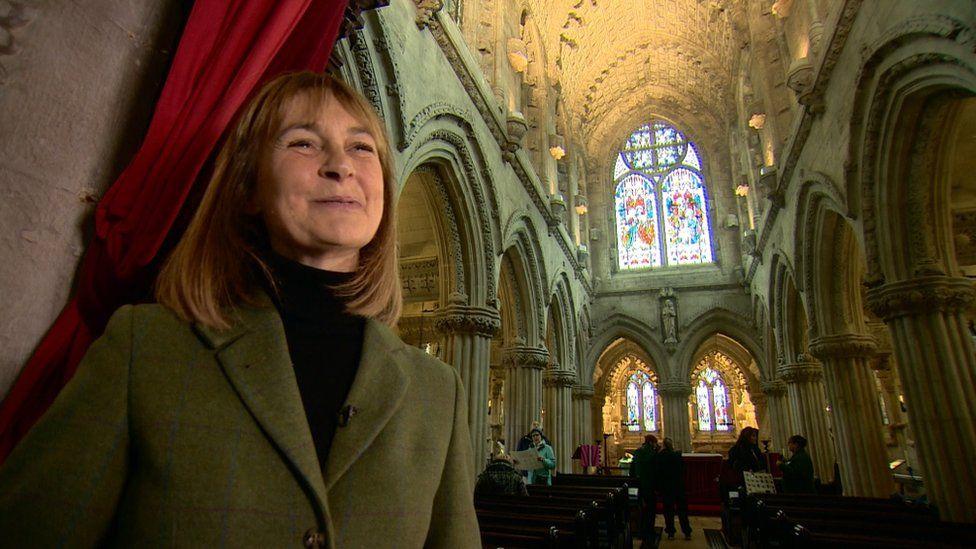 Helen, Countess of Rosslyn inside chapel