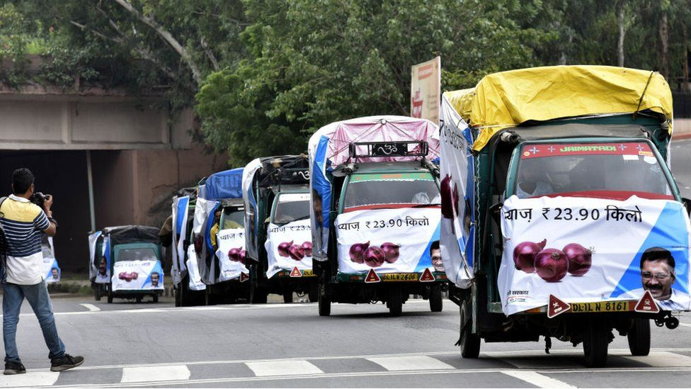 Control rate onion vans seen after flagged off by Chief Minister of Delhi Arvind Kejriwal, at Delhi secretariat, on September 28, 2019 in New Delhi, India.