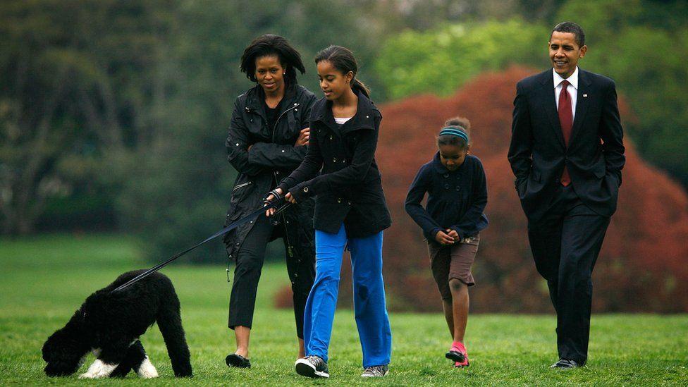 Obamas and Bo