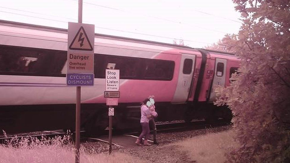 Penny's level crossing in Rossington