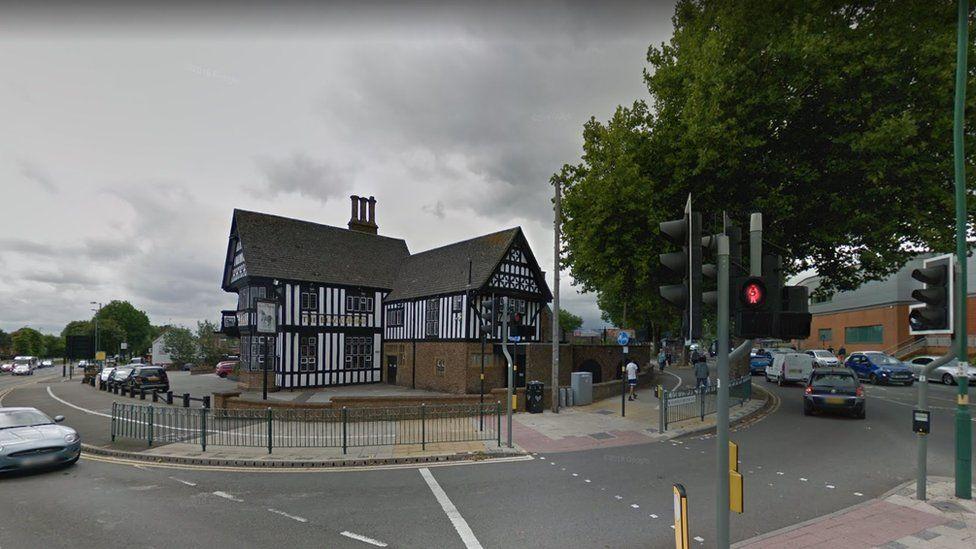 The Black Horse pub in Northfield