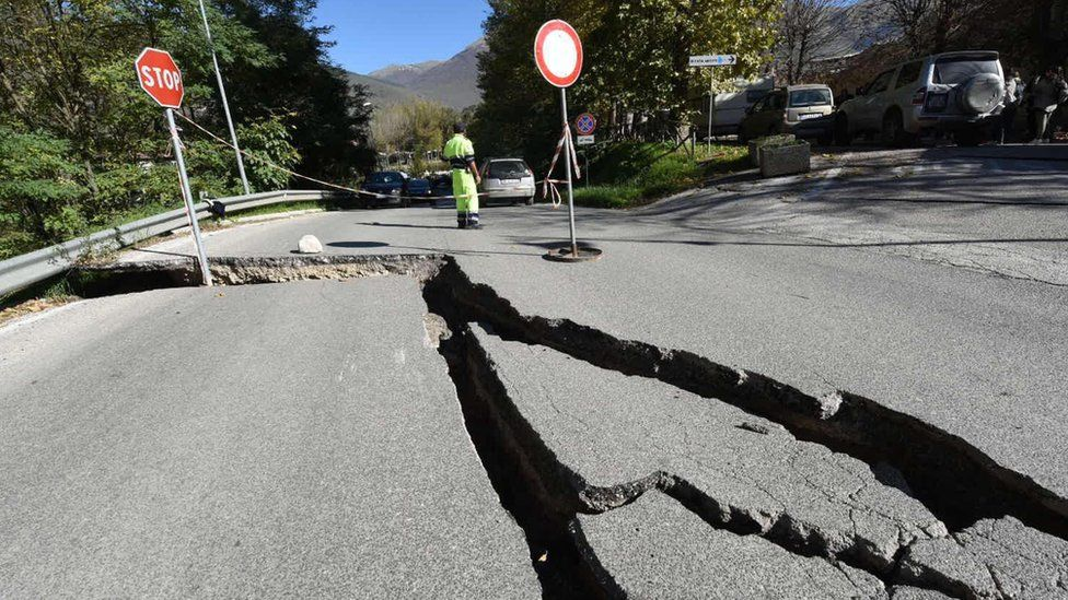 Fractures on a road in Norcia - 30 October