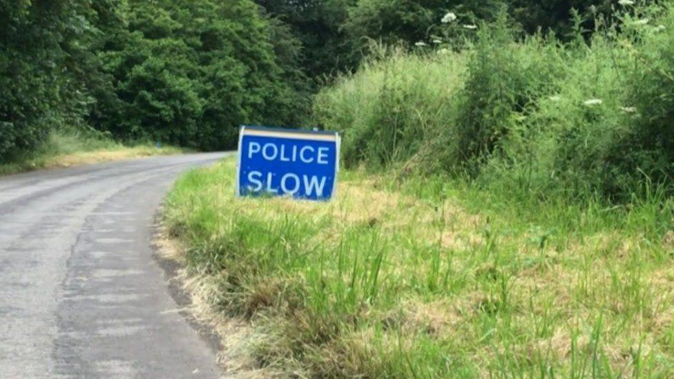 Police sign in Medbourne Lane, Swindon