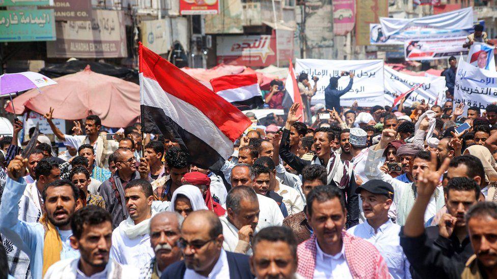 اليمن.. معارك الجوف والبيضاء تتواصل والحوثيون يعلنون إسقاط طائرة ...